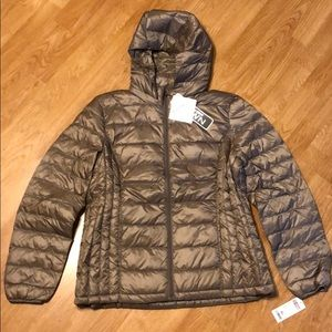 NWT 32 Degrees Ultra Light packable Down Jacket